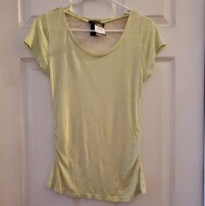 🍀NWT Juniors' lace back top🍀
